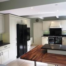 Hand Painted Oak Kitchen, Leeds