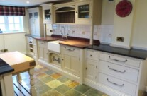 Hand Painted Pine Kitchen (3)