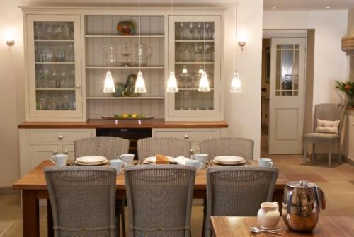 Specialist Kitchen and Furniture Painter
