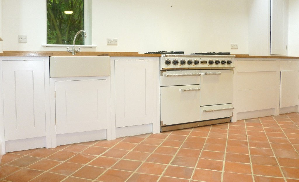 Hand Painted 'Plain English' Kitchen