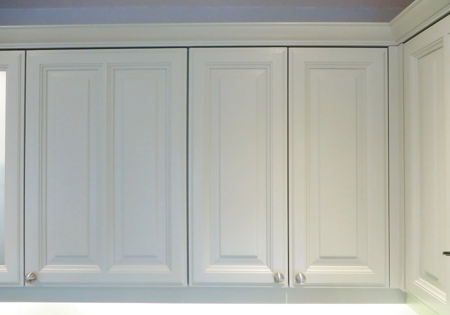 Close up of the upper cupboards